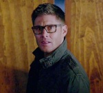Dean wears neardy glasses scorced in Holy Fire to see the hell hound.