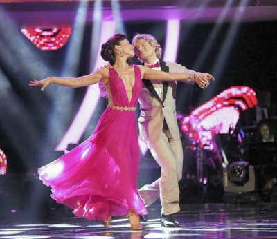Charlie White and Sharna Burgess dance the quickstep.