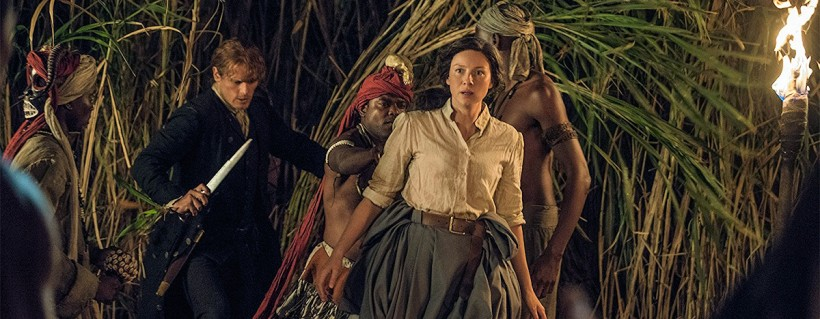 Jamie and Claire search for Ian in the jungle.